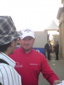 Despite shooting a 3rd round 76, US Open Champion Graeme McDowell was happy to sign autographs.
