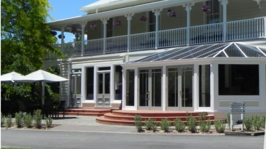 Twelve Island Restaurant In Crown Point In