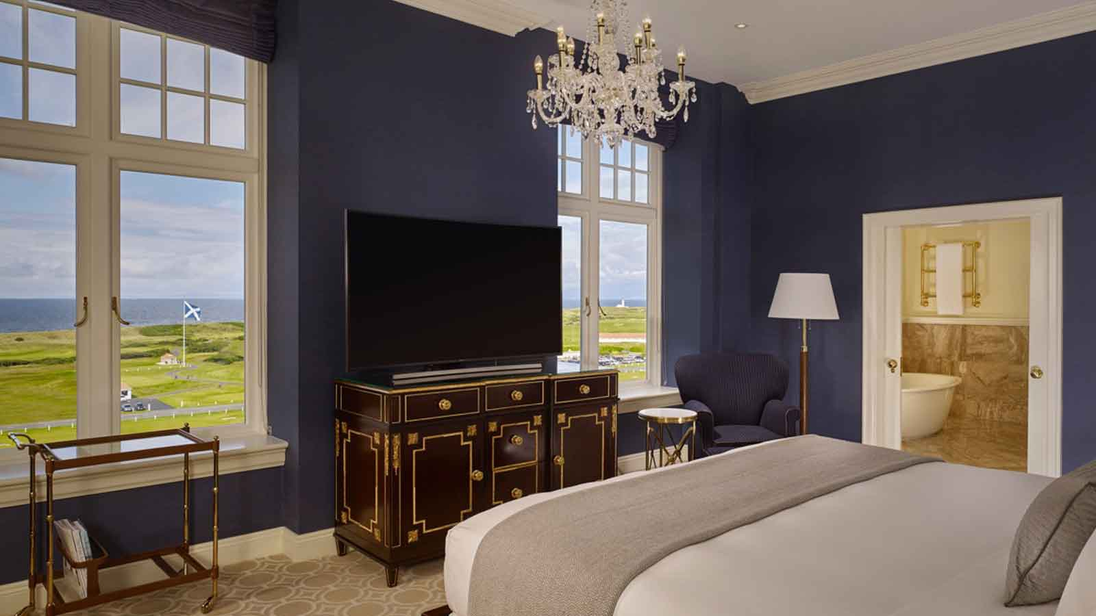 Trump Turnberry - bed