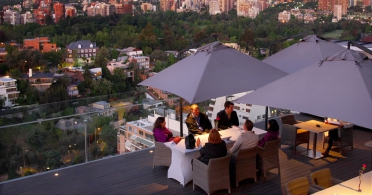 Roof Top Dining at Noi Vitacura Hotel, Santiago.jpg