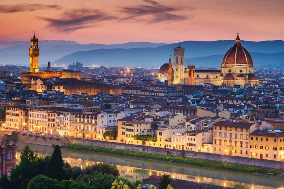 <h2>Rome, Florence & Lake Como Escorted 2016</h2>12 Nights including Rome, Florence & Lake Como | 5 Rounds | August 27 – September 8
