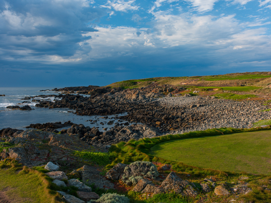 Cape Wickham - 11th Hole, Par 3 | Image via Larry Lambrecht Photography