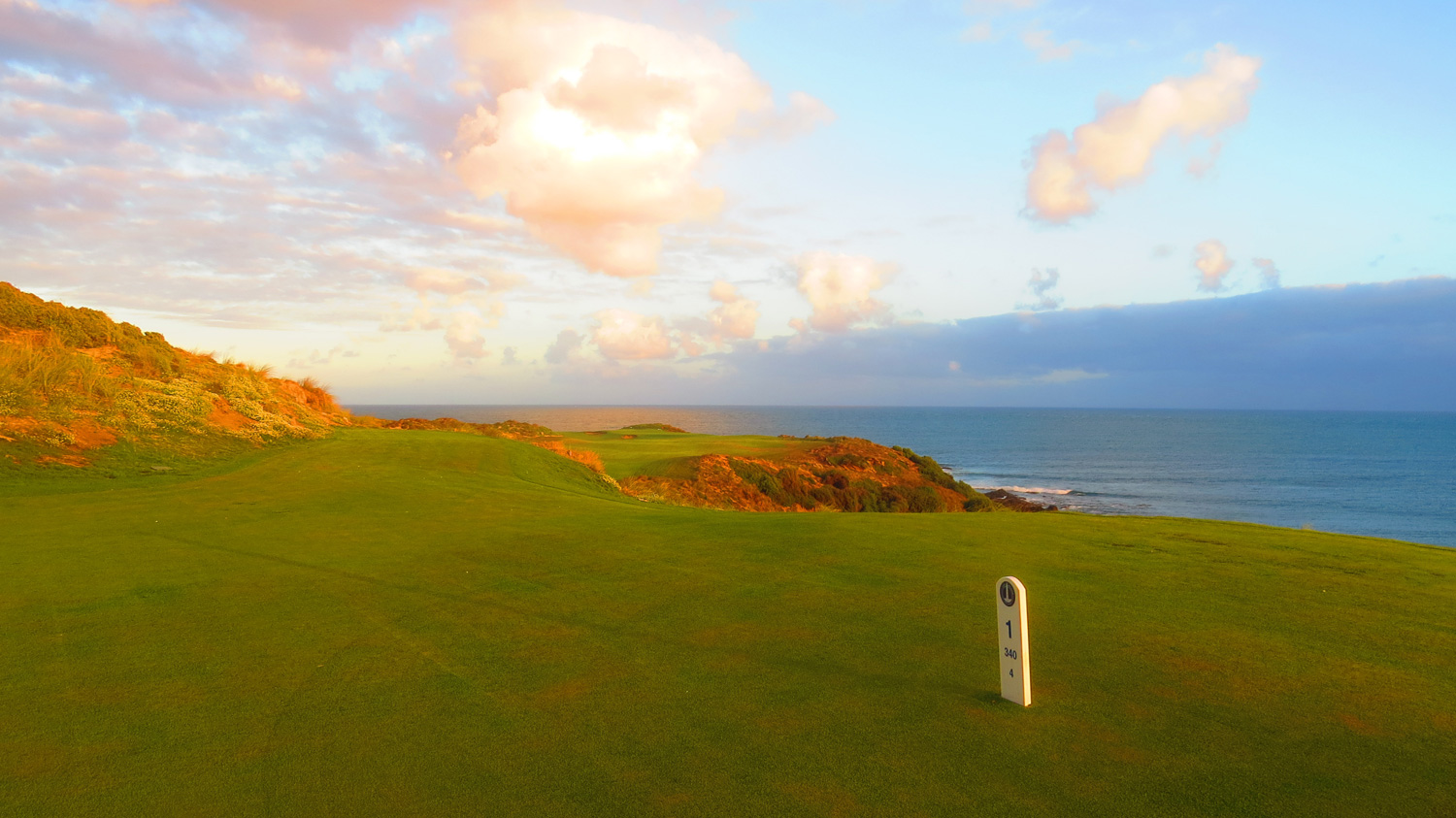 Cape Wickham - 1st Hole, Par 4 | Image via Cape Wickham Links