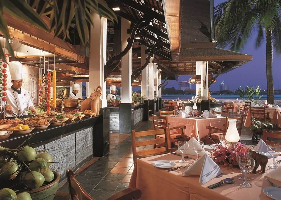 Anantara Riverside Resort & Spa