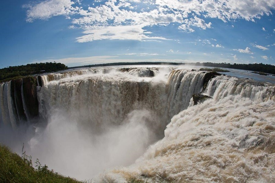 The Devil's Throat on the Argentine side of Iguazú Falls