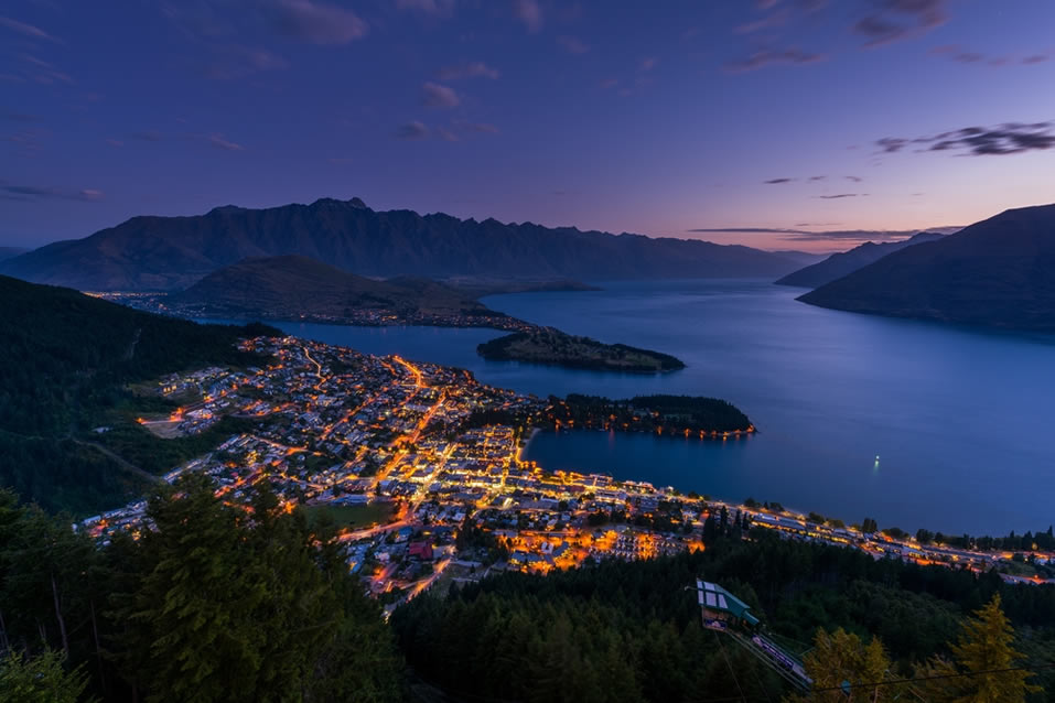 Queenstown, New England
