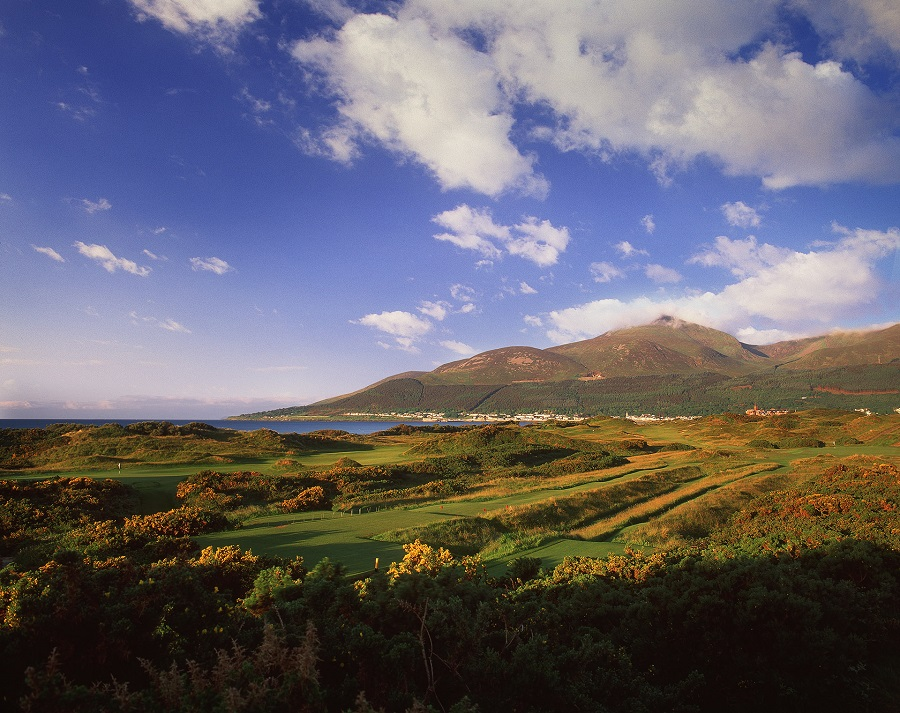 ROYAL COUNTY DOWN GOLF CLUB: NEWCASTLE, NORTHERN IRELAND