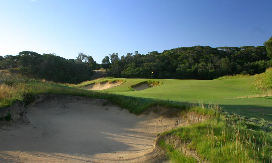 Moonah Links Legends Course by Gary Lisbon